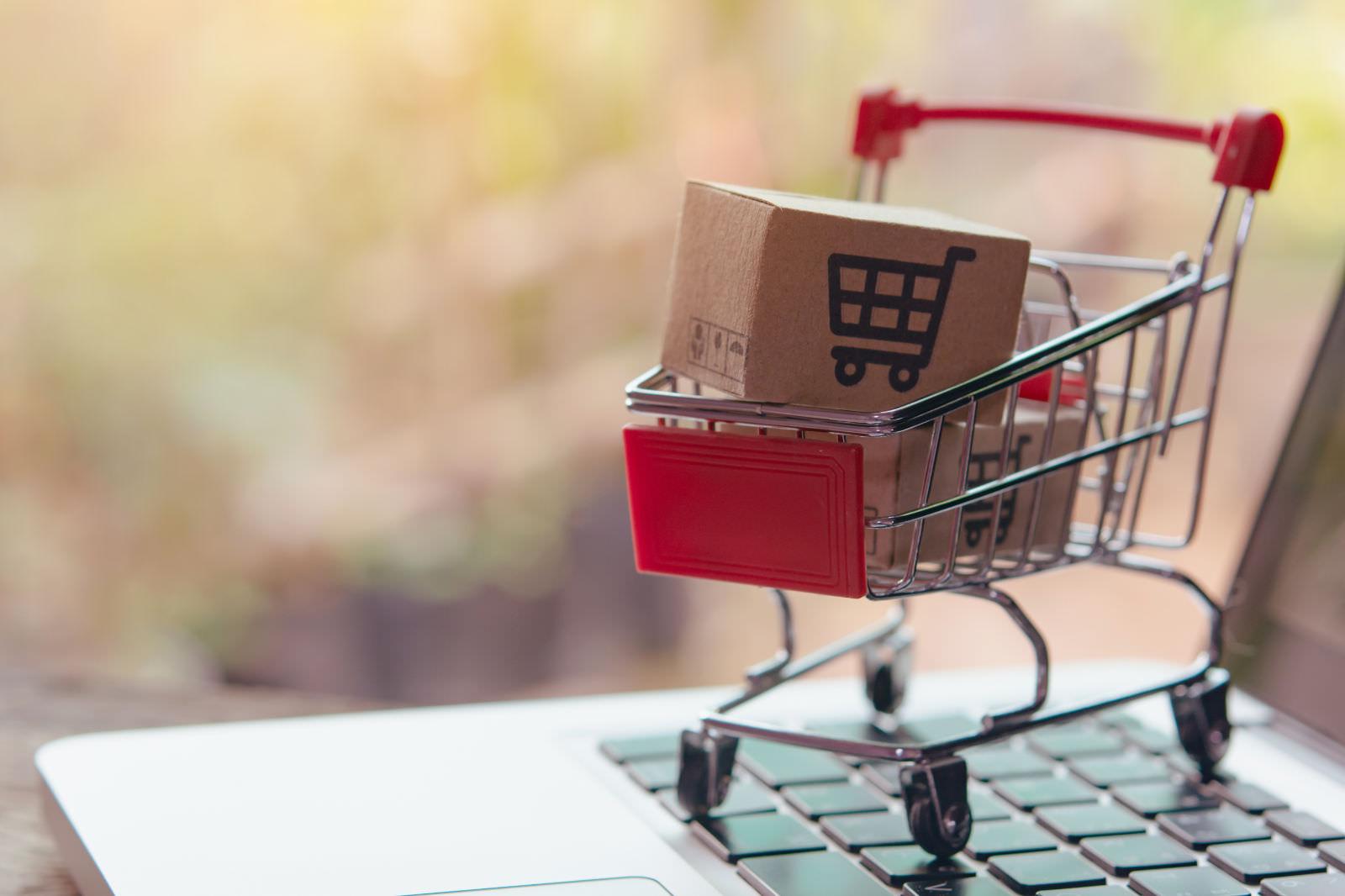 Comparatori di prezzi: perché sono importanti per ottenere traffico nel tuo e-commerce