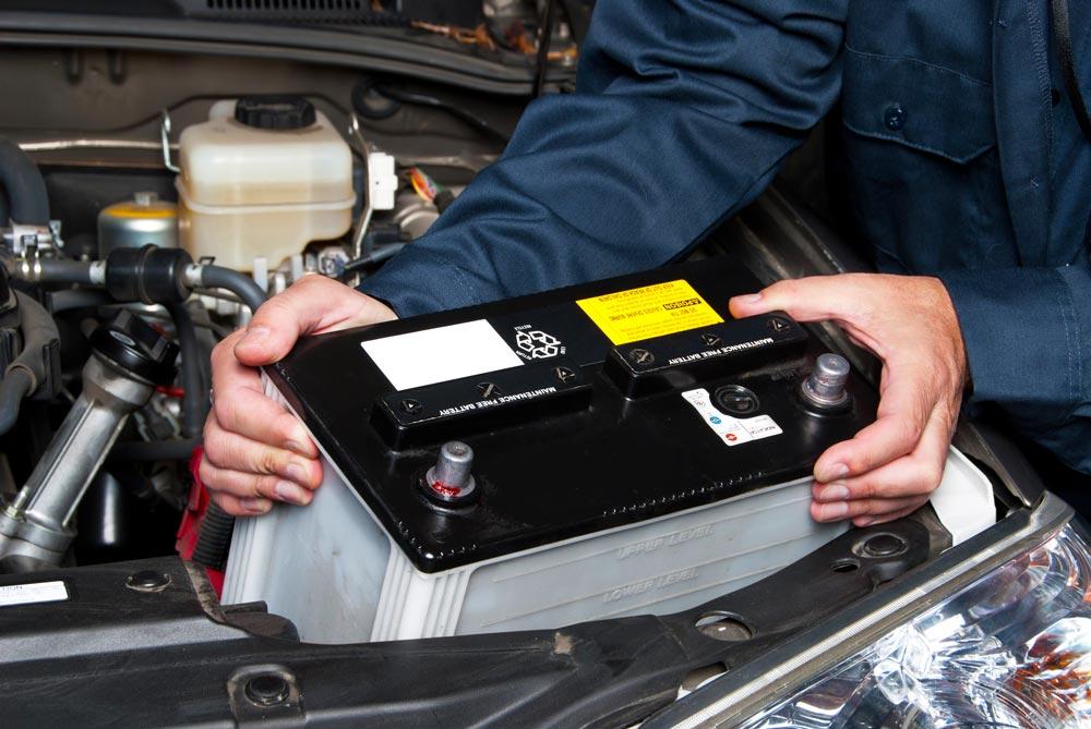 Batterie auto elettriche: l'Europa punta all'indipendenza